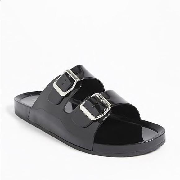 bc272c34bcff Forever 21 Shoes - Black jelly slides